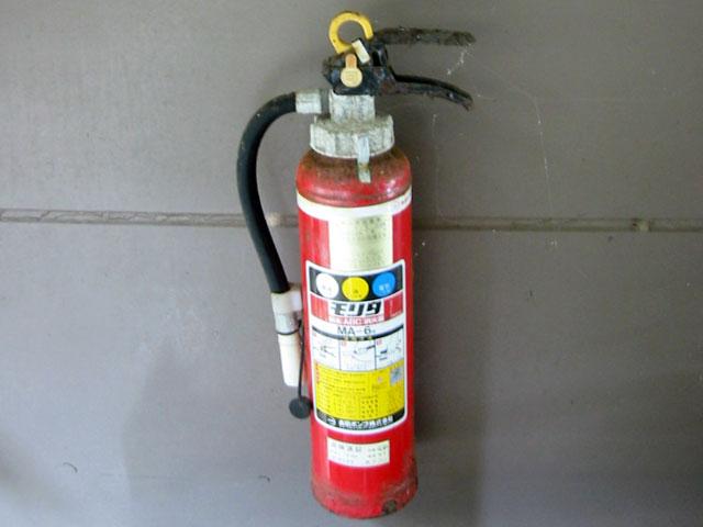 消火器の処分にお困りの方へ。当社は消火器のリサイクル特定窓口です!